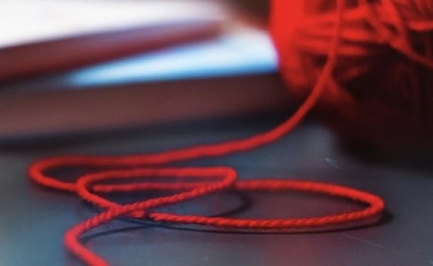Красная нить - лучший амулет от бед и помощник в привлечении успеха