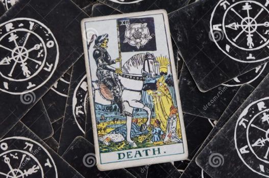 Таро Смерть – Старший Аркан под номером 13