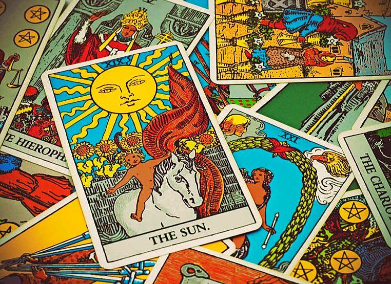 Таро Солнце – карта под номером 19 в колоде