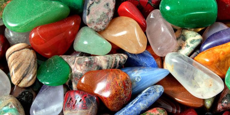 Магические свойства камней – как правильно выбирать украшения