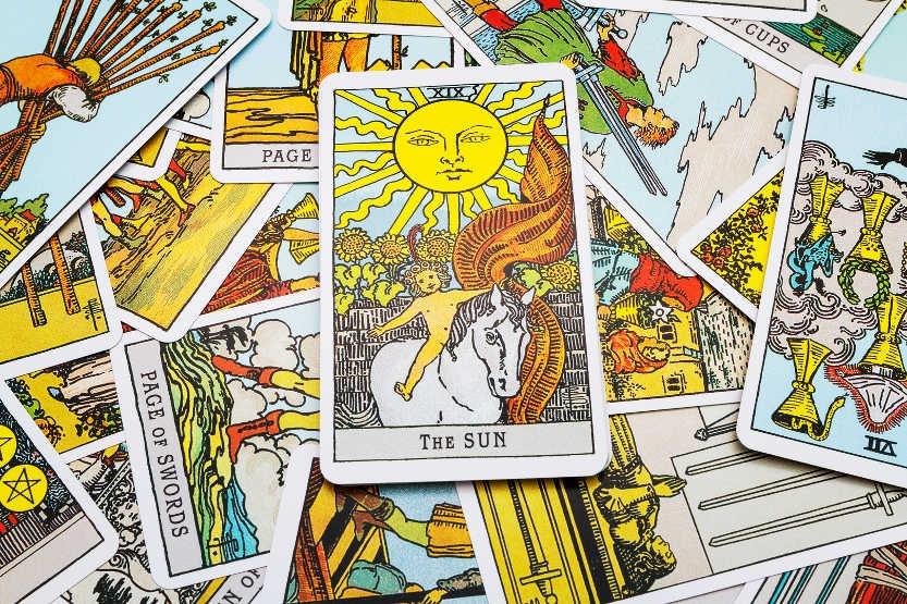 Карты Таро как магический инструмент для решения проблем