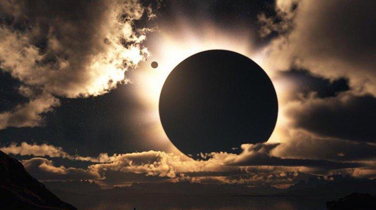 Заговор от Эльвиры в минуту солнечного затмения