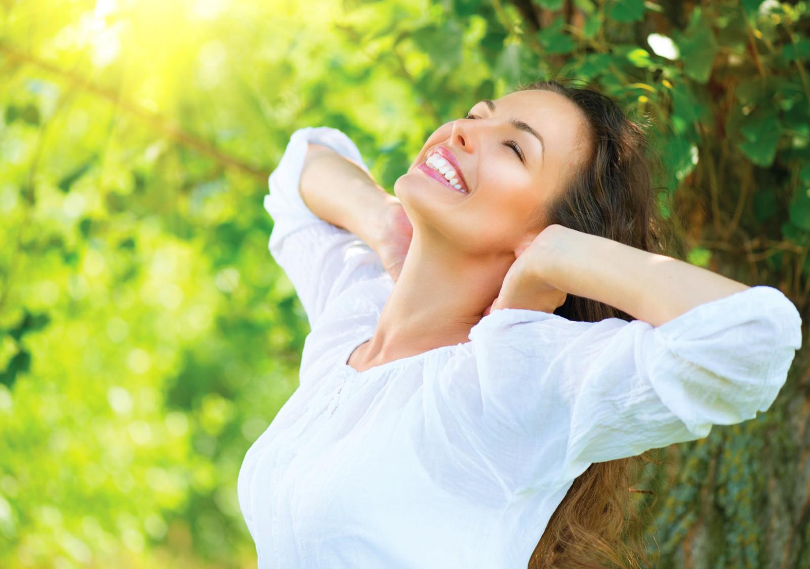 Счастливая женщина — её портрет
