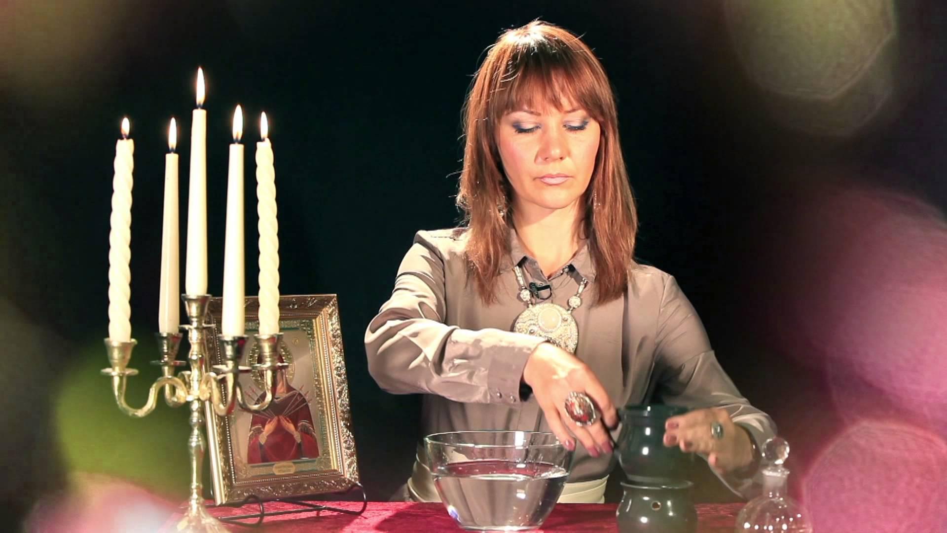 Мастер Амалия: ритуал отливки на воск